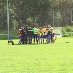 La « Une » s'impose 3-0 face au FC La Combe et...